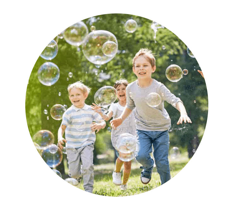 kids-playing-bubbles-istock copy-min